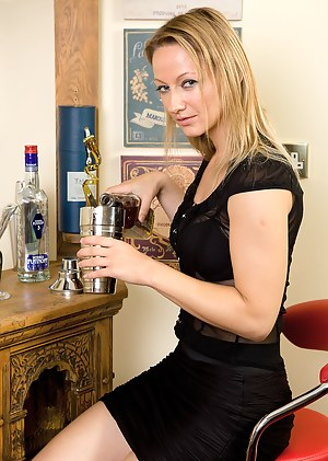 Free Drunk Moms Porn Pictures